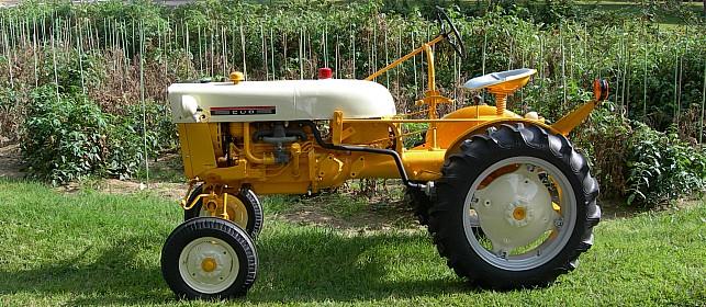 International Harvester Cub Tractor : June tractor